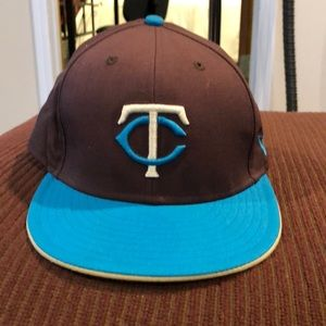 Twins 59 fifty 7.5 inch hat
